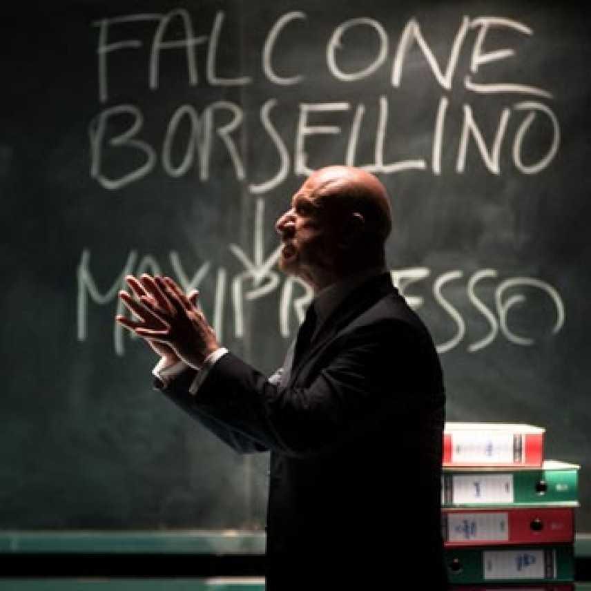 """Il libro """"Per non morire di mafia"""" al teatro Biondo di Palermo"""