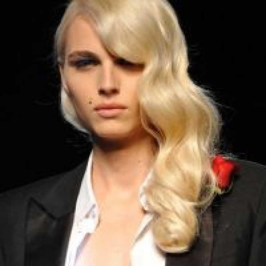L' erede di Kate Moss: un uomo!