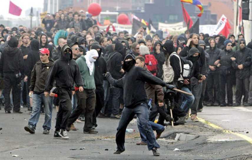 """Intervista al """"vigile antisommossa"""": considerazioni su Black Block e Val di Susa"""