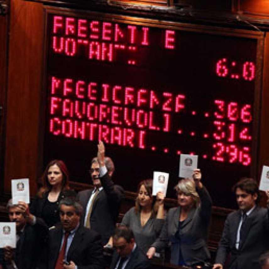 Processo breve approvato, voti: maggioranza 306, Favorevoli 314, contrari 296