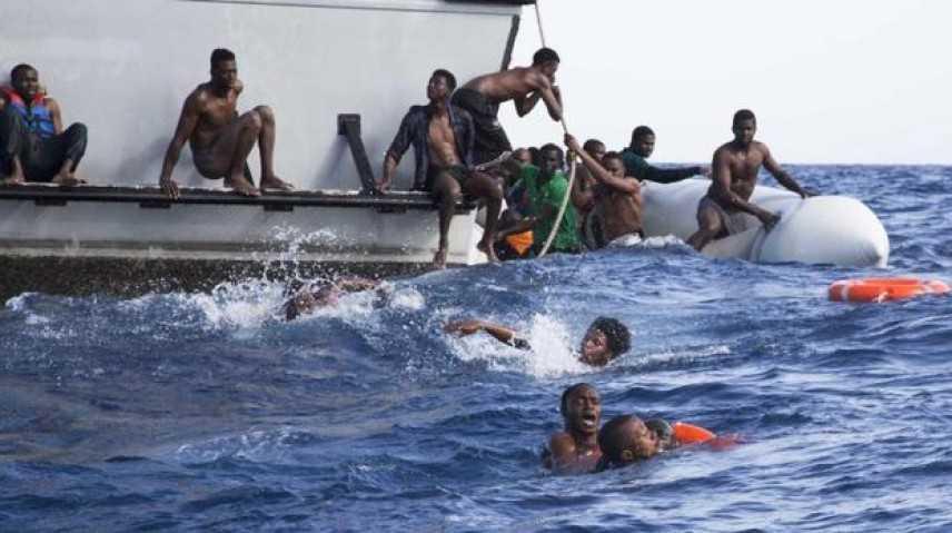 Migranti: morte oltre 100 persone in un naufragio in Libia