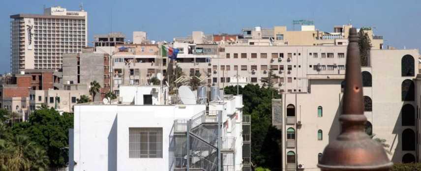 Libia, attacco armato a compagnia petrolifera di Stato, kamikaze si è fatto esplodere