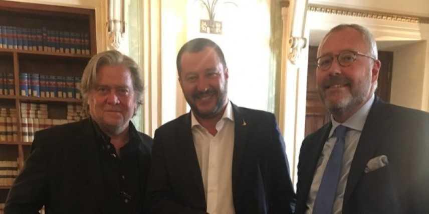 """Bannon a Roma per The Movement: """"Salvini è leader mondiale"""""""