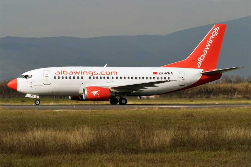 Atterraggio d'emergenza paura a falconara per boeing 737