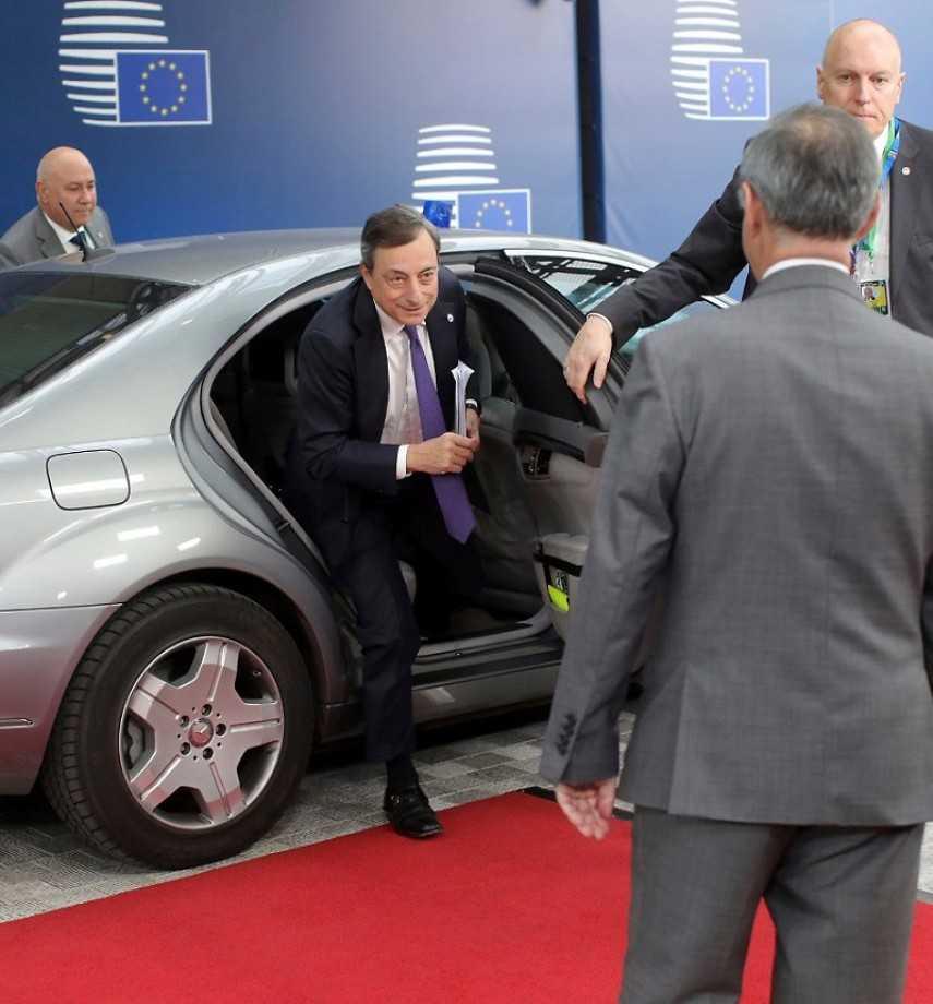 Vertice Draghi-Mattarella: preoccupazione per manovra e rapporti con UE
