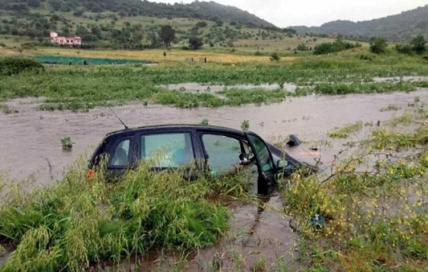 Maltempo: esonda fiume, 4 persone soccorse dai VVF nel cagliaritano, scuole chiuse