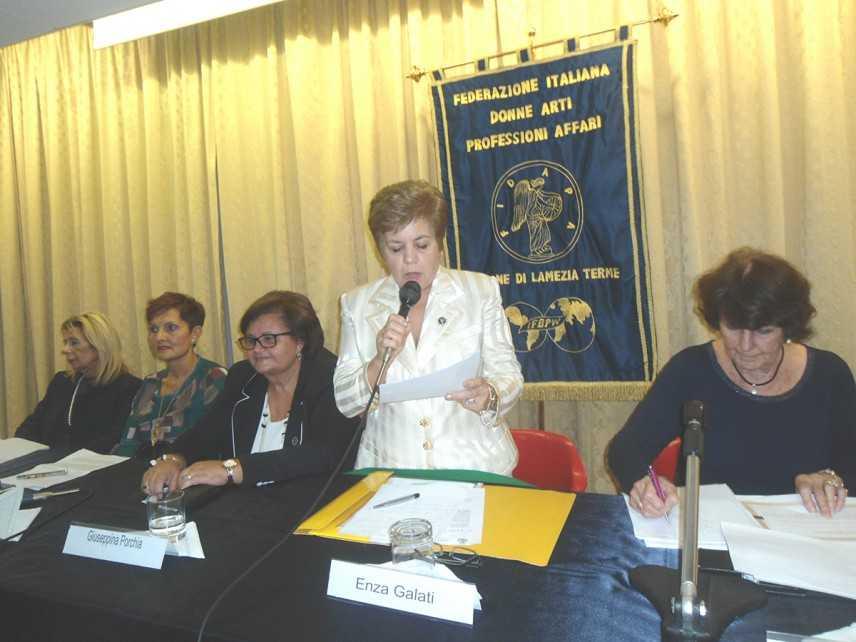 """Incontro sul tema """"Donne e Lavoro"""" promosso dalla Fidapa di Lamezia Terme"""