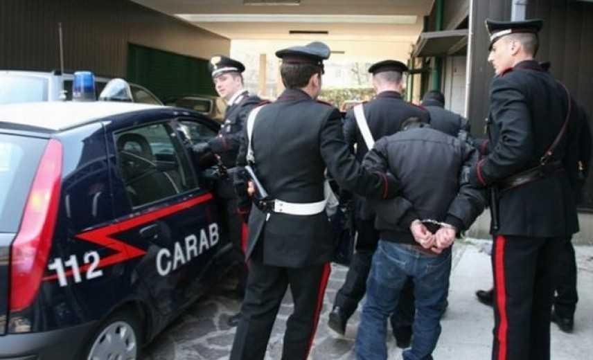 Tangenti e distruzione cadaveri: sindaco Bagheria, comunali sospesi