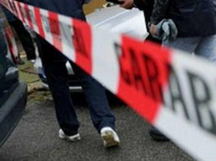Anziano morto in casa nel Pavese: fermato il figlio per omicidio
