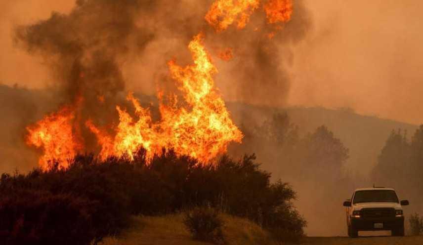 California brucia: 1.300 dispersi, 76 morti