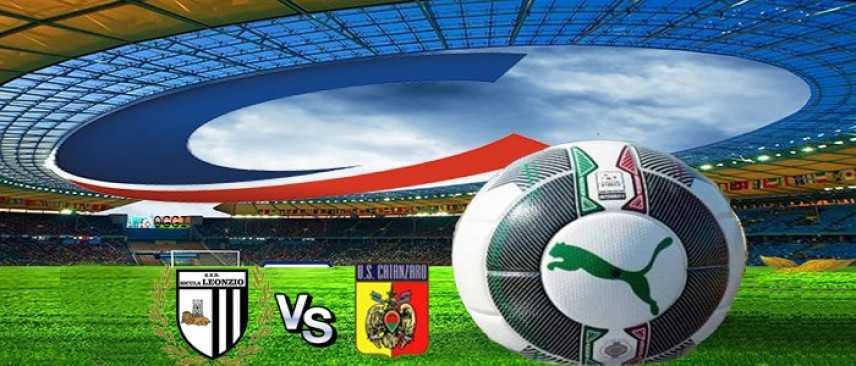 Calcio: Sicula Leonzio-Catanzaro 0-2: ci pensano D'Ursi e Iuliano nella ripresa (Highlights)
