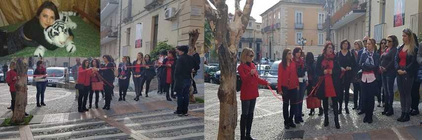 Un flash mob per ricordare la giovane lametina Adele Bruno e le donne vittime di violenza