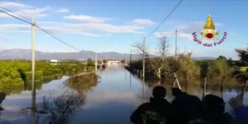 Esonda fiume Crati, famiglie evacuate nel Cosentino