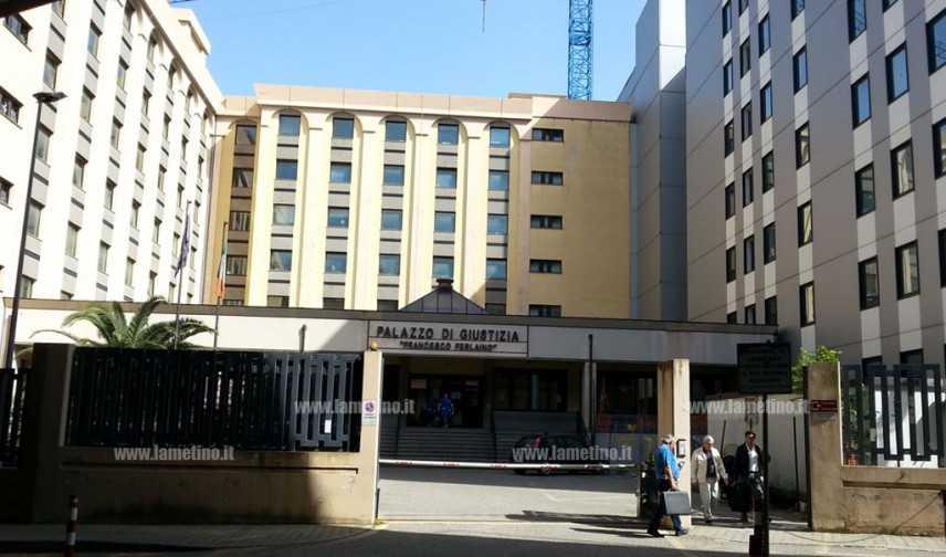 "'Ndrangheta: ""Quinta bolgia"", in liberta' ex dg e funzionario Asp"