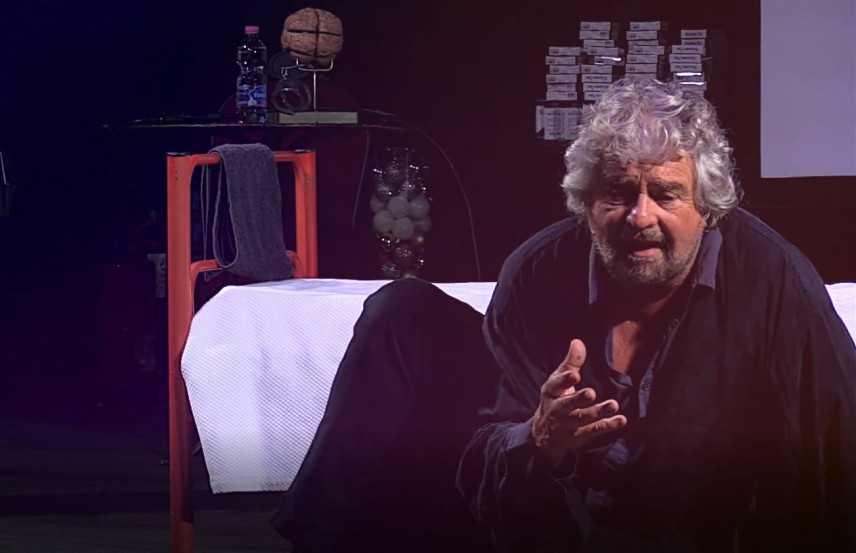Beppe Grillo 4 spettacoli  Calabria a marzo: Corigliano, Catanzaro, Reggio e Rende