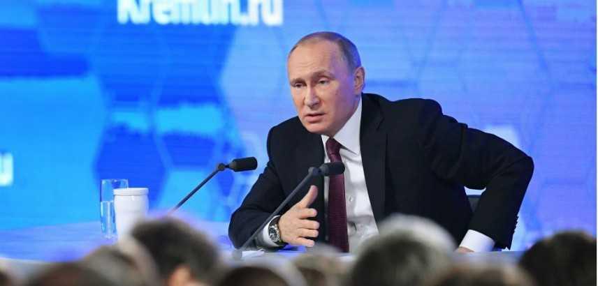 """Putin, """"difesa, contrattacco e sviluppo"""" temi principali della conferenza a Mosca"""
