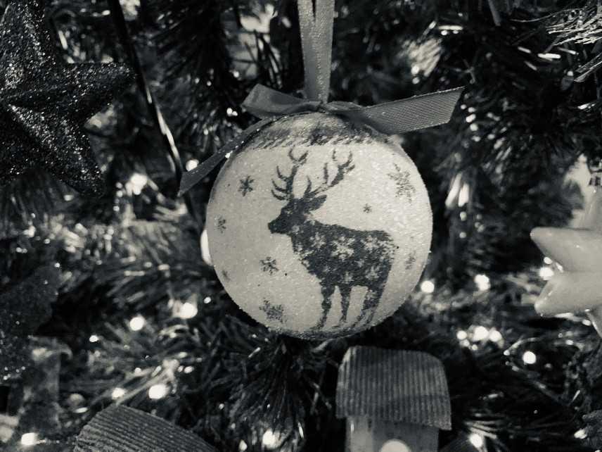 Il Christmas Blues, qual è il lato oscuro del Natale? Intervista allo Psicologo Fabrizio Gaoni