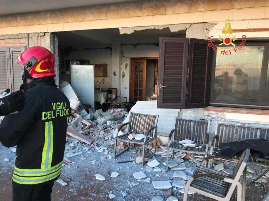 Terremoto: Notte di Paura nel Catanese magnitudo 4.8. Squadre calabresi nella zona di Acireale