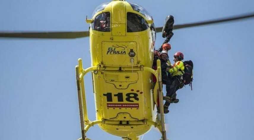Montagna: chiama il Soccorso Alpino ma poi rifiuta l'elicottero