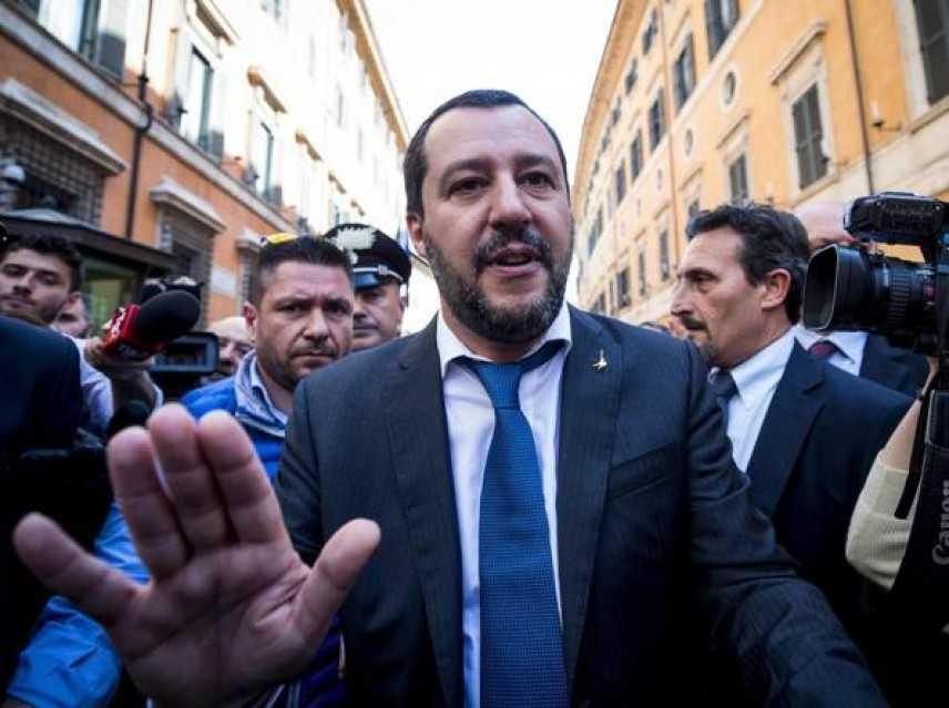 Governo: Salvini, ora legittima difesa e autonomia regionale