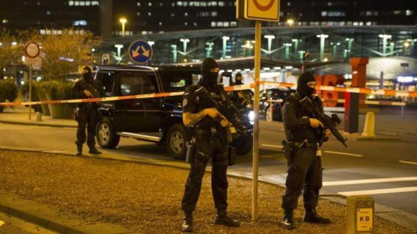 Olanda: terrore in aeroporto di Amsterdam evacuato per allarme bomba