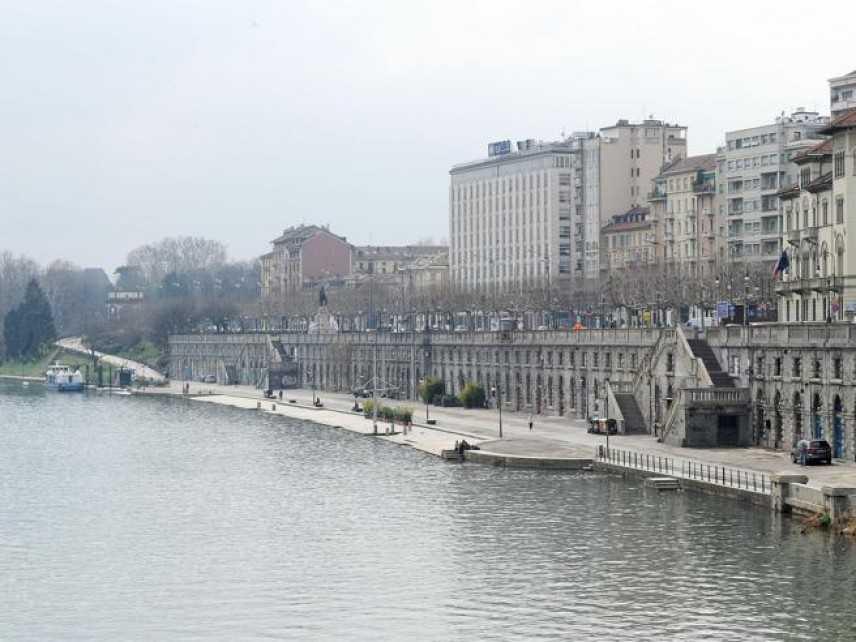 Torino, 14enne si suicida lanciandosi da un ponte sul Po