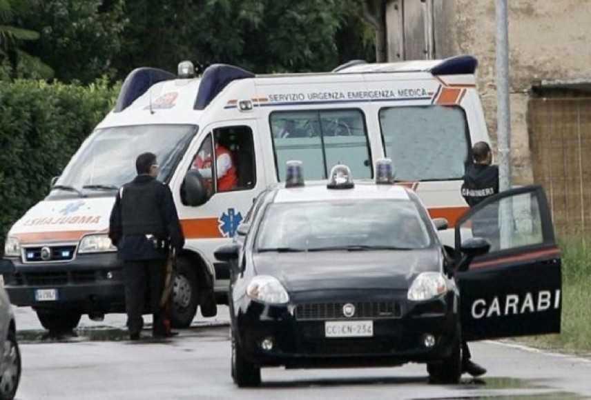 Furti: torna a casa e sorprende ladro, 42enne ferito