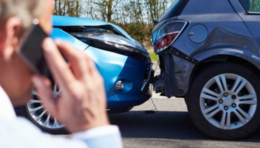 Truffe: soldi per falsi incidenti stradali, arrestato a Ragusa