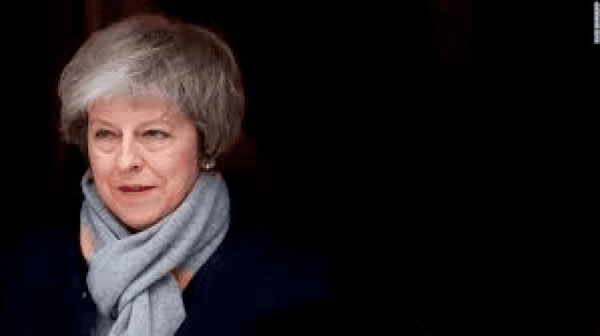 Regno Unito, Theresa May rischia la sfiducia