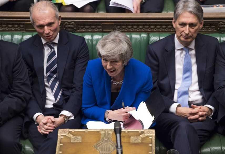 GB: governo May ancora in piedi, il Parlamento britannico ha rinnovato la fiducia