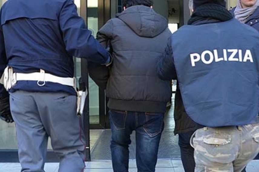 Ultrà: violenze a Messina, blitz contro tifosi di Bari