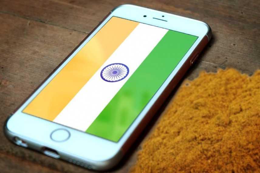 """Apple, ipotesi di iPhone """"made in India"""""""
