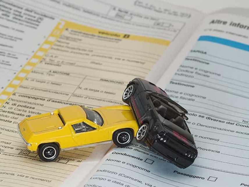 Sinistro stradale: l'assicurazione copre il terzo trasportato?