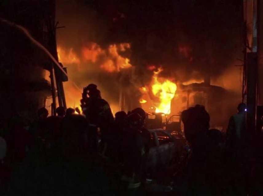 Bangladesh: condominio in fiamme a Dakka, almeno 70 morti