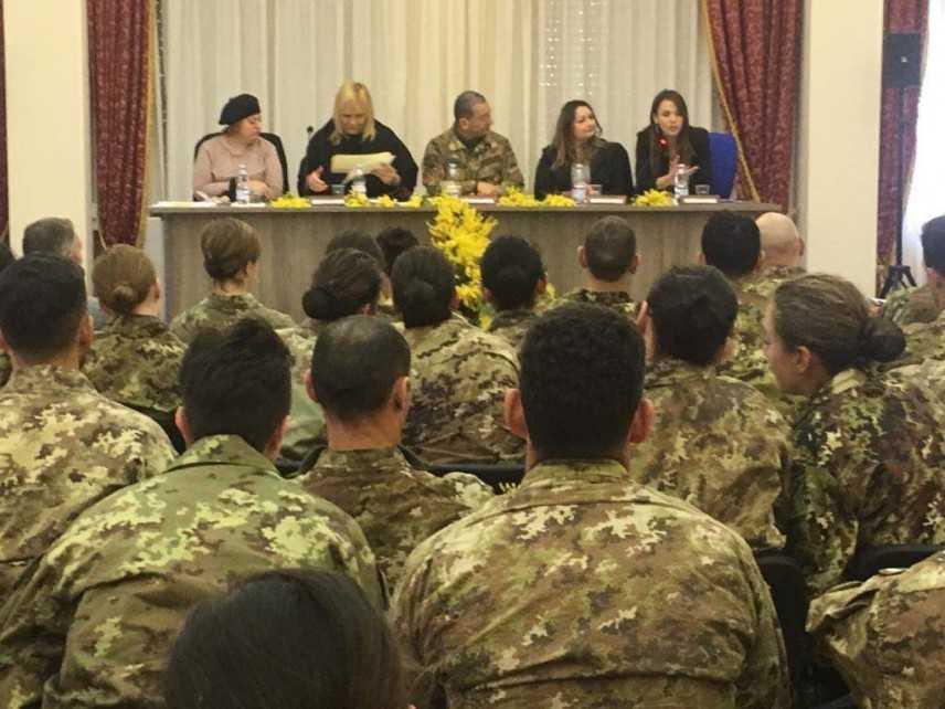 """Roma, convegno """"Le pari opportunità nelle Forze Armate"""""""