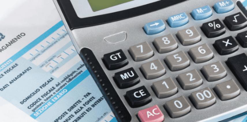 Decretone: Assindatcolf, colf tax miope tentativo fare cassa