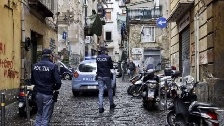 Camorra: raid armato in centro a Napoli, 6 fermi