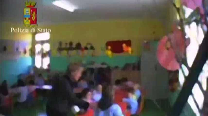 Violenze su bimbi, scuola nel catanzarese arrestate maestra e bidella