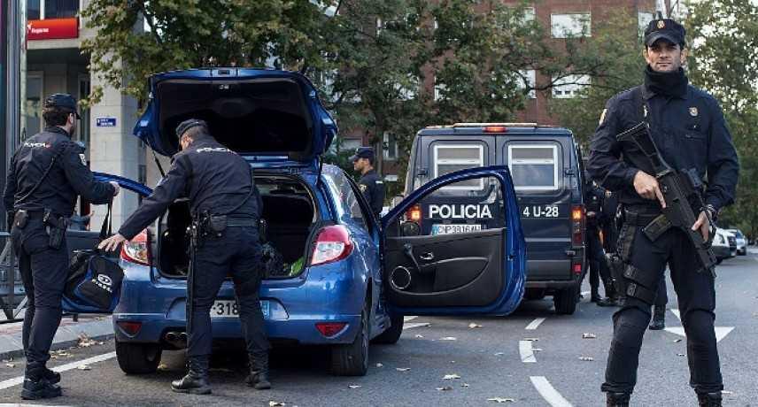 Allarme bomba, evacuato grattacielo ambasciate Madrid