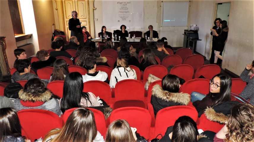 """Gli studenti del liceo """"G.B. Vico"""" di Sulmona in volo verso l'America"""