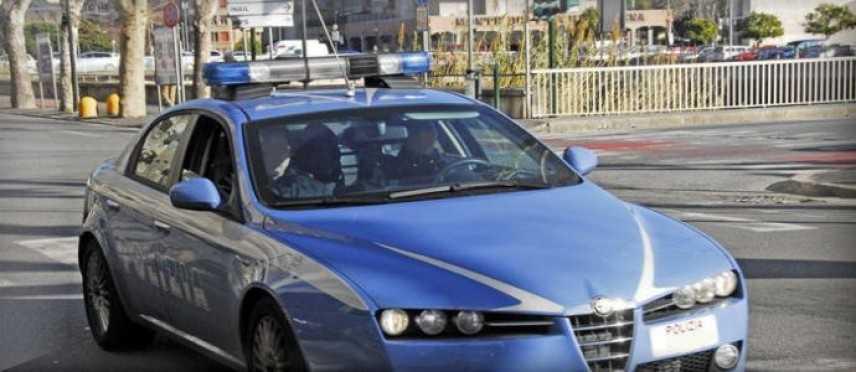 Sgominata banda, immigrazione clandestina, arrestati poliziotti a Napoli
