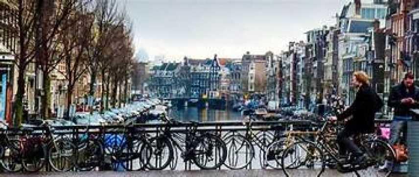 In Olanda troppi turisti, si corre ai ripari