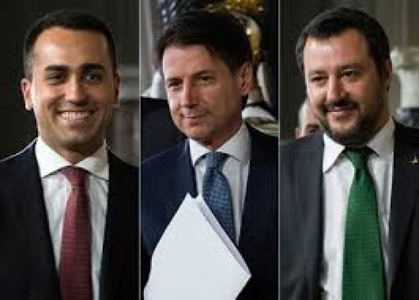 "Politica: Di Maio ""Nessuna manovra-bis, fiducia a Conte e Tria"""