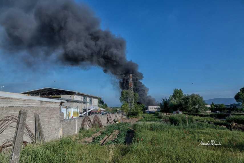 Frosinone, incendio M.Eco.ri.s. I cittadini sul piede di guerra