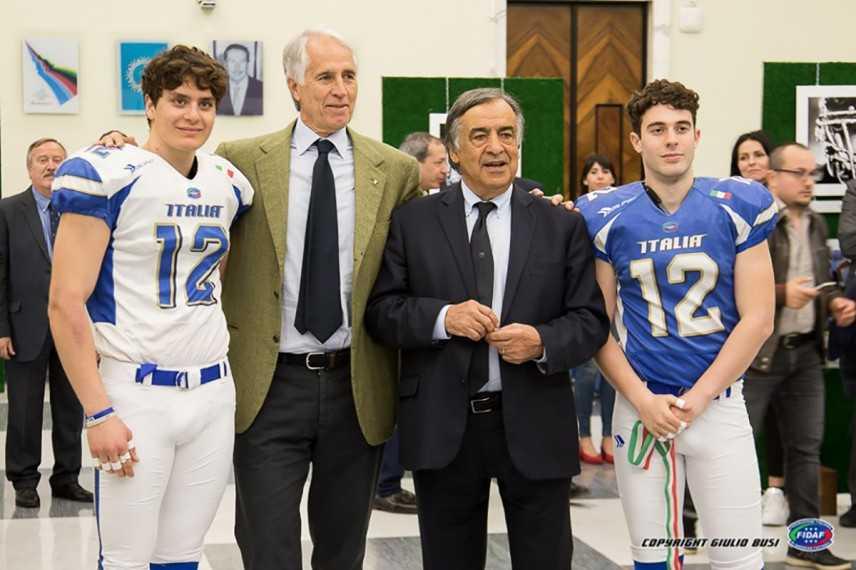 """Leoluca Orlando: """"Il football americano sta raccogliendo i frutti del duro lavoro"""""""