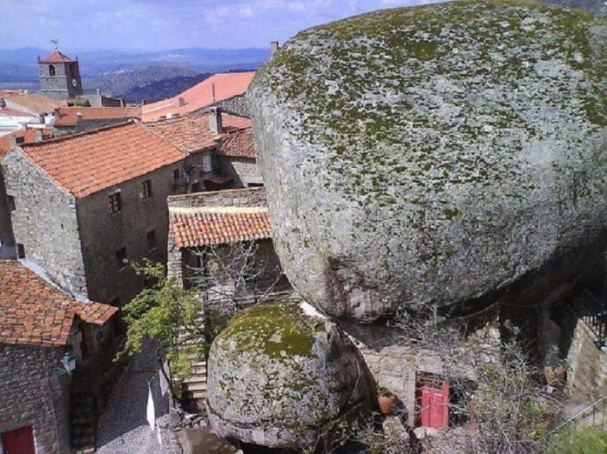 Un borgo portoghese di granito ospiterà il primo congresso mondiale dei Bio-distretti
