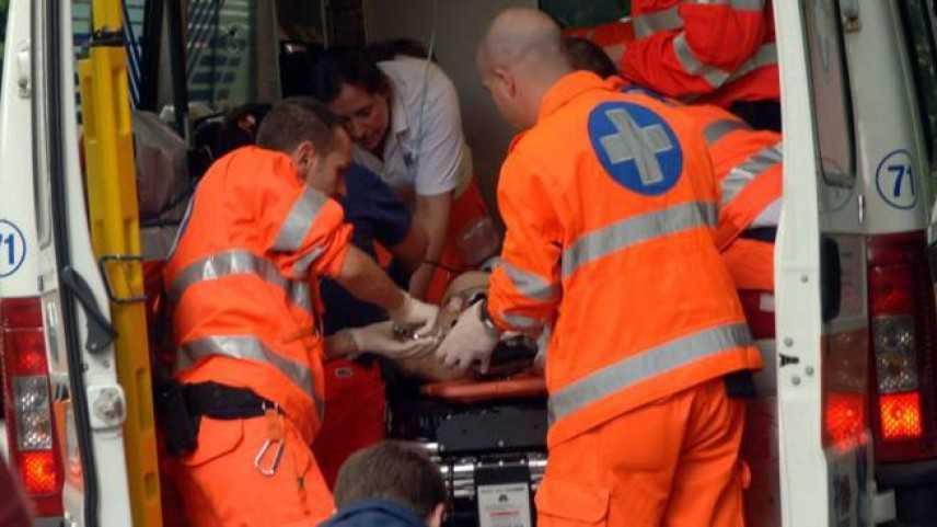 Tragedia sul lavoro: operaio muore schiacciato sotto il carico che trasportava con muletto