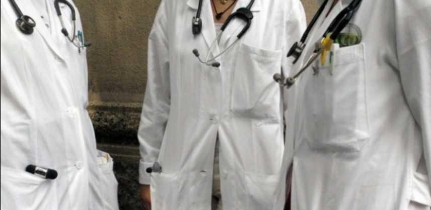 Sanità. Firmato nuovo contratto medici, dopo 10 anni attesa