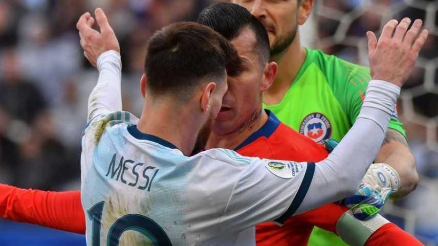 Calcio: Messi sospeso da prime qualifiche mondiali e multato