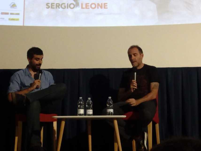 MGFF, Valerio Mastandrea abbraccia i suoi fan al Supercinema di Catanzaro